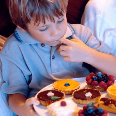 Kenapa Anak Tidak Nafsu Makan Pada Siang Hari Tapi Malam-malam Malah Minta Makan